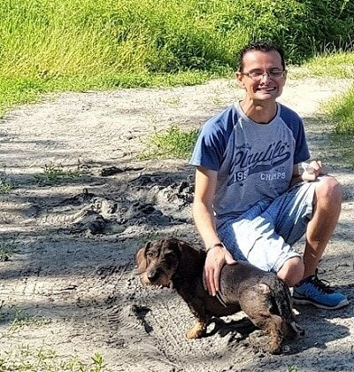 cane e padrone bassotto tedesco pelo duro